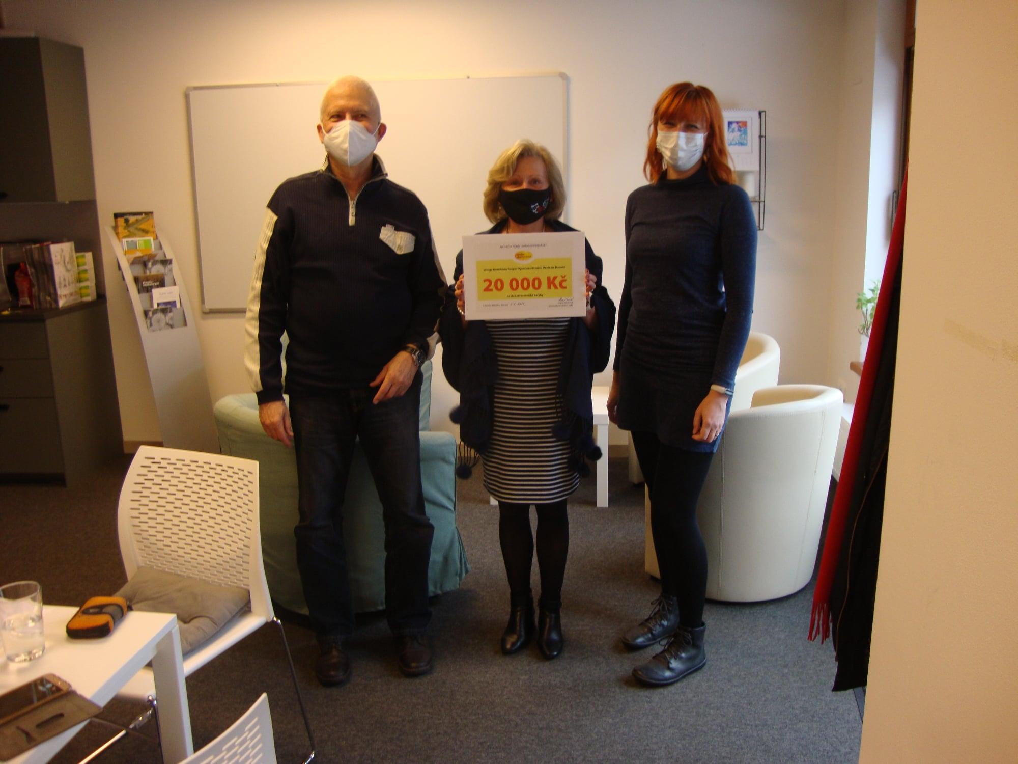 Domácí hospic Vysočina pořídí z našeho daru dva zdravotnické batohy